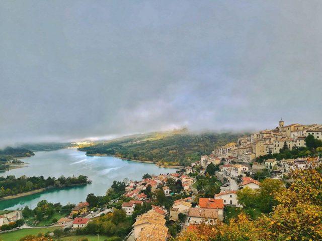 https://www.mondorama.eu/wp-content/uploads/2021/01/Abruzzo1-640x480.jpg